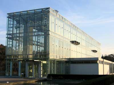 岡崎美術博物館