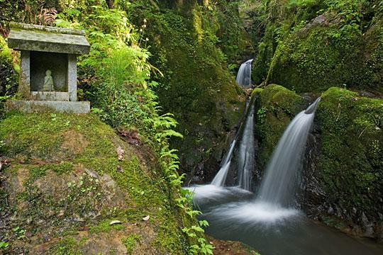 能越紀行 第1回「城光寺の滝」