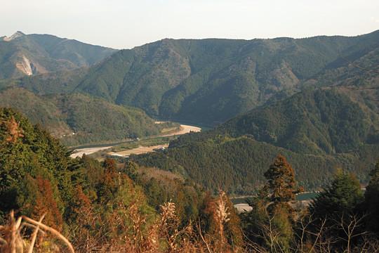 鶴峠から見た那賀川