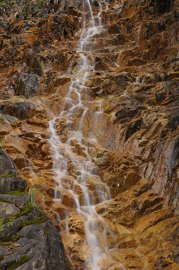 夕森渓谷の滝めぐり 忘鱗の滝