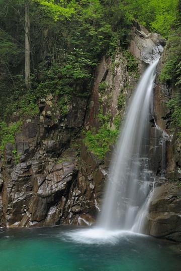 夕森渓谷の滝めぐり 一ツ滝