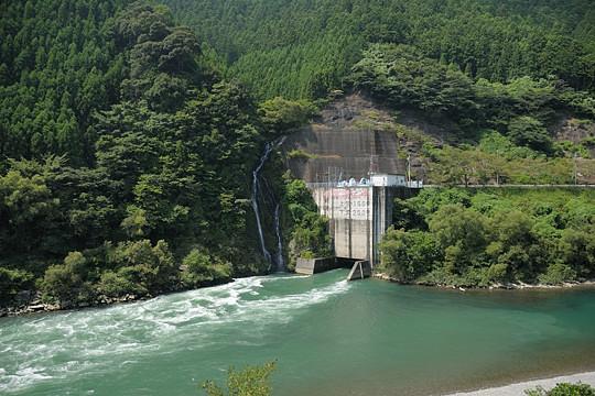 お滝と天竜川