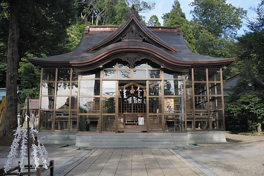 金剱宮 拝殿