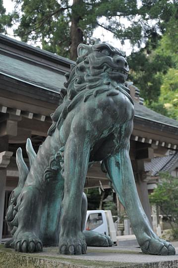 金剱宮の狛犬