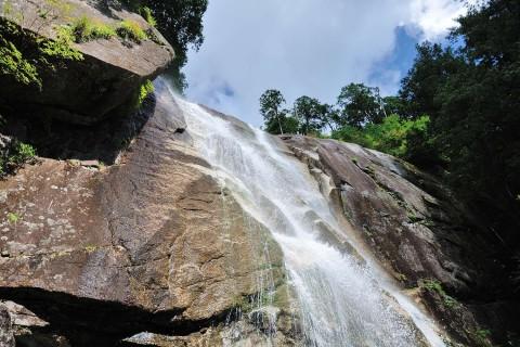 田立の滝と不動岩